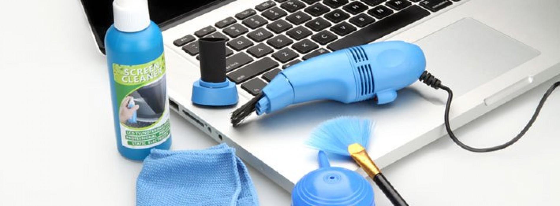 Hướng dẫn các bước làm vệ sinh bàn phím laptop