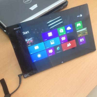 Thay màn hình cảm ứng laptop Sony Vaio