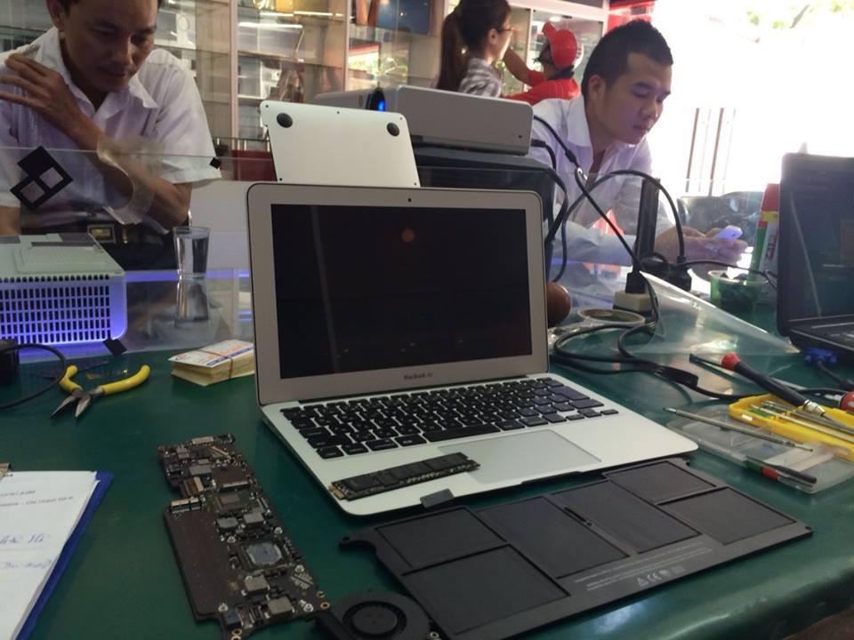 Sửa máy tính Macbook Air MJVE2 uy tín ở hà nội